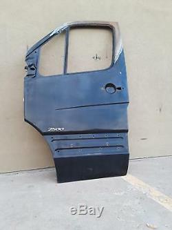 2007 2012 Mercedes Sprinter 2500 3.0l Front Left Side Door Shell Black Oem