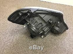 2016 Mercedes-Benz Sprinter 2500 Left Headlight Driver Side Used
