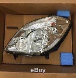 Genuine Mercedes-Benz 906 Sprinter Van Passenger Side LH Head Lamp BNIB WDB906