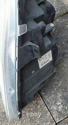 2006-2012 Mercedes Sprinter Os Drivers Side Xenon Phare A9068201261