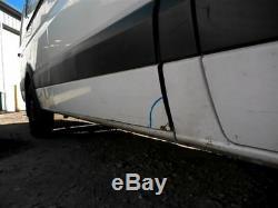 Mercedes Benz Sprinter 2500 Van 2012 Porte Latérale Arrière Passager 9147 Blanc 857589
