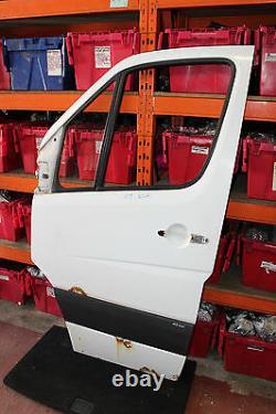 Mercedes Sprinter W906 311 2.2 CDI 06-09' Nsf Front Passanger Side Bare Door